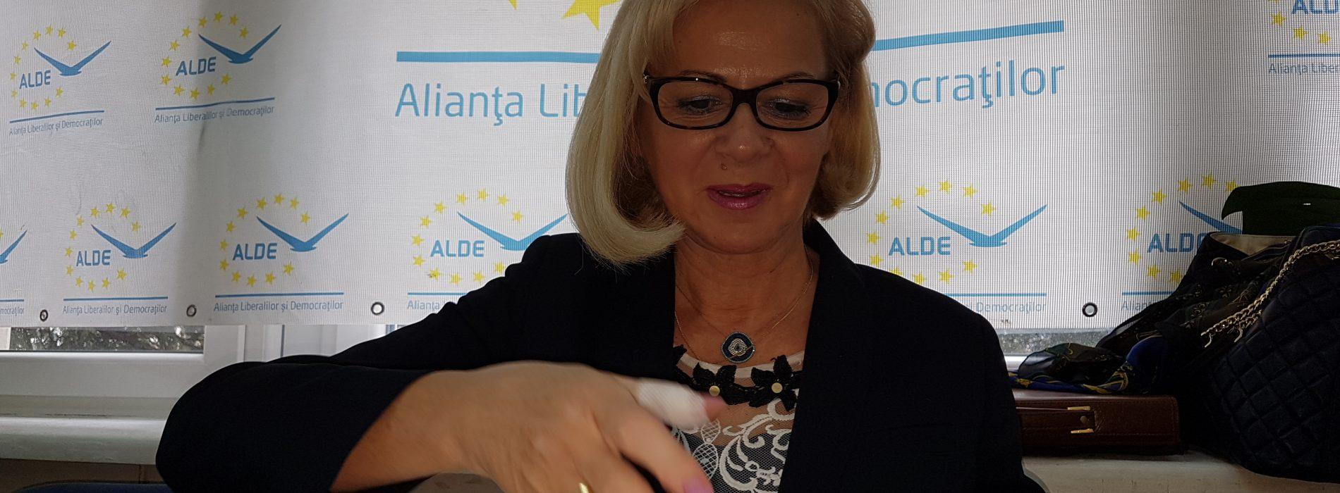 """Cornelia Negruț, președinte ALDE Maramureș: """"Avem nevoie de o dezbatere națională pe tema DEFĂIMĂRII"""""""