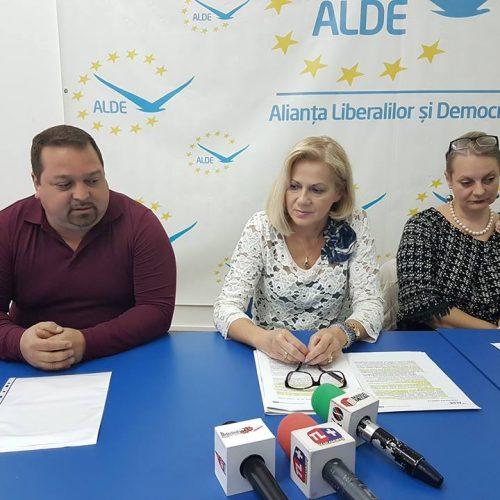 """Cornelia Negruț: """"ALDE devine treptat PRINCIPALUL PARTID de centru-dreapta. În unele județe ALDE este peste PNL"""""""