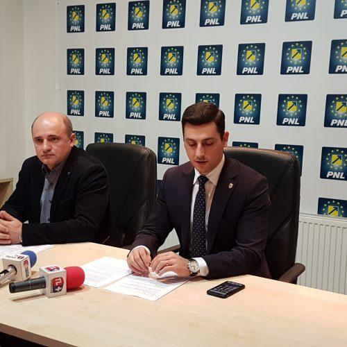 REACȚIE pe subiectul DECREȚEII. Ionel Bogdan vs. Cornelia Negruț