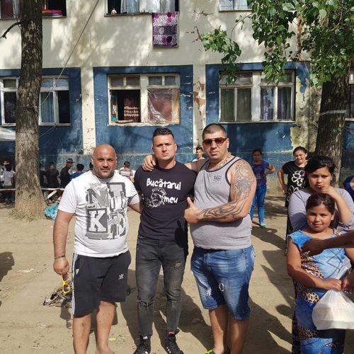 Foto și video. Trei PRIETENI au făcut POMANĂ pentru Estera, fetița de 5 ani, VIOLATĂ și UCISĂ în Baia Mare