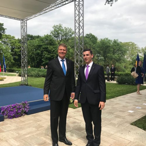 Președintele PNL MARAMUREȘ Ionel Bogdan SĂRBĂTOREȘTE Ziua Europei alături de PREȘEDINTELE Klaus Iohannis la Cotroceni