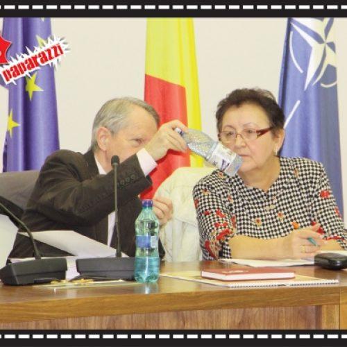 """O, CE APĂ """"FINĂ"""" DAR NU-I ALCALINĂ!"""