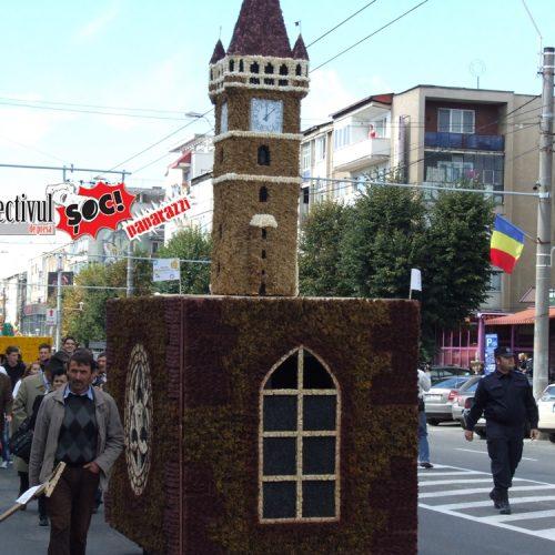 MINCIUNILE lui Cherecheș privind ANULAREA Festivalului Castanelor – ÎNCOTRO ne ÎNTORCI, Cătăline? (IX)