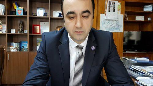 Primarul LIVIU TĂMAȘ nu dă DOI BANI pe prefect. Adică pe LEGE