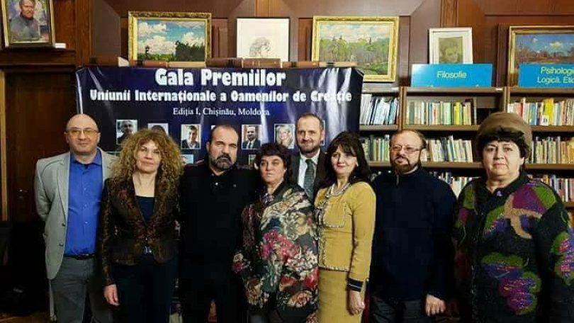 """CHIȘINĂU. Scriitorul şi ziaristul băimărean Ioan Romeo Roşiianu a obţinut Premiul """"Centenarul Marii Uniri"""""""