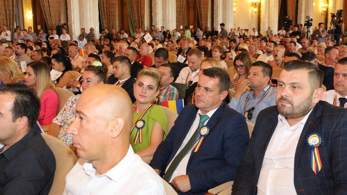 """CONGRES PMP. George Moldovan: """"Eugen Tomac este prietenul Maramureșului. Mă bucur că avem doi vicepreședinți la nivel national"""""""