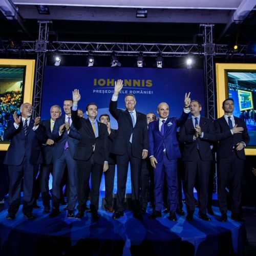 Klaus Iohannis vrea BĂI de MULȚIME pe străzile Băii Mari. Află PROGRAMUL președintelui și locul unde se ține vineri ÎNTÂLNIREA cu electoratul