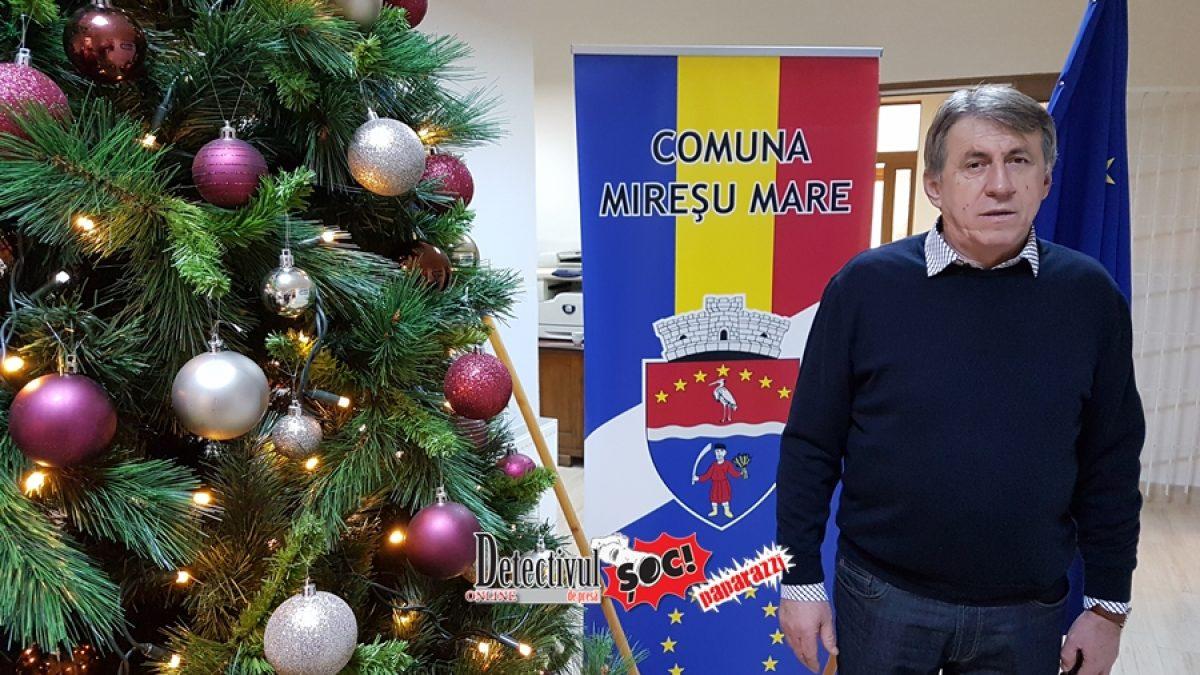 """Primarul Ioan Mătieș: """"Pe vremuri, oamenii aveau cruce de lemn și inimă de aur. Acum au cruce de aur și inimă de lemn. Crăciunul să readucă aurul în sufletele noastre"""""""