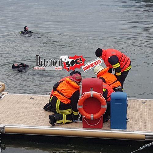 """FORȚE impresionante la Barajul Firiza pentru SALVAREA de la ÎNEC a doi PESCARI. UNUL dintre ei s-a dus la FUND. Vezi cum a decurs un AMPLU exercițiu din cadrul Conferinței """"Medicina de urgență azi"""""""