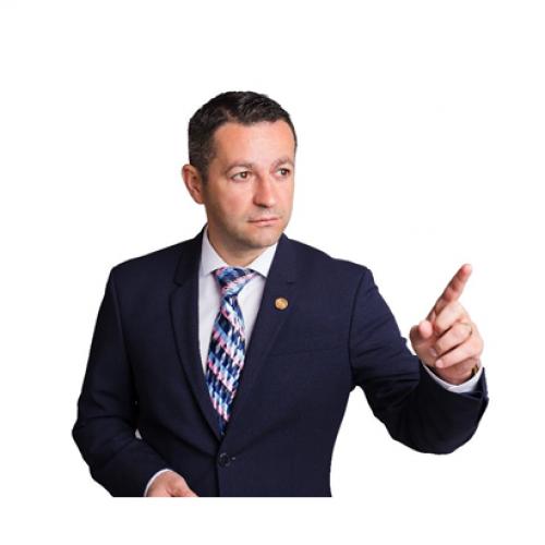 Deputat Adrian Todoran: Școlile din zonele neafectate trebuie lăsate deschise
