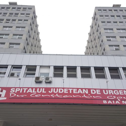 Am SCĂPAT de DECLARAȚIE în oraș dar avem de completat FORMULAR la intrarea în Spitalul Județean. S-au reluat activitățile suspendate. COZI imense și nervi la TRIAJ