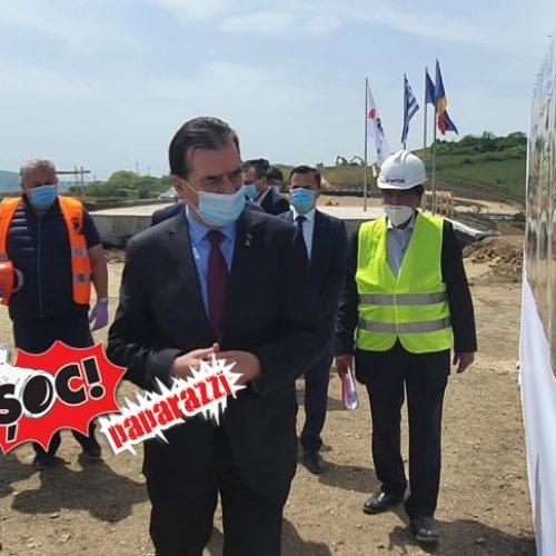 VIDEO. Felician Cerneștean COORDONEAZĂ lucrările la AUTOSTRĂZI și DRUMURI NAȚIONALE. Premierul Orban și ministrul Bode, în vizită la autostrada SEBEȘ-TURDA
