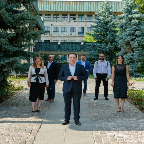 Îl invit pe primarul Cătălin Cherecheș la o dezbatere publică