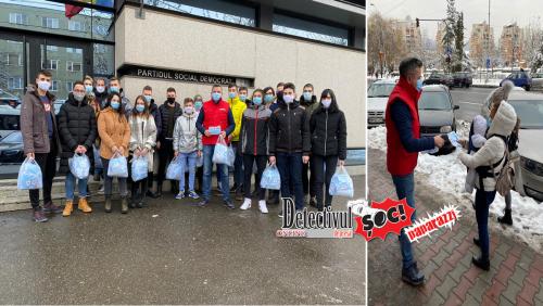 5.000 de măști oferite de PSD Maramureș au fost împărțite băimărenilor de tinerii social-democrați