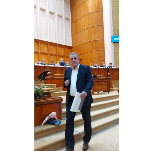 """Deputat Gheorghe Șimon: """"Incompetența ministrului liberal al Economiei, agonia României"""""""