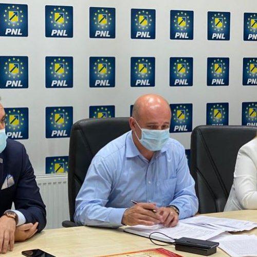"""Senatorul Cristian Niculescu-Țâgârlaș : """"Organizațiile PNL sunt echipe puternice și responsabile"""""""