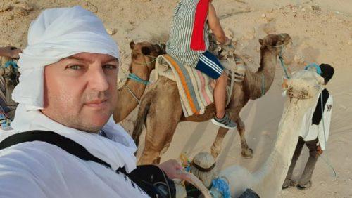Imagini UNICE 360 de grade, marca Detectivul de Presă ȘOC! Cu dromaderi și ATV-uri în Deșertul SAHARA, la apus de soare. Ascultă DEȘERTUL, parcă de aici începe LUMEA!